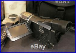 Sony Handycam HDR-HC1 Mini DV Digital HD Video Camera Recorder Kit w Accessories