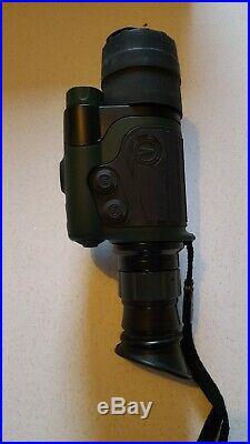 Yukon night vision monocular with rifle kit